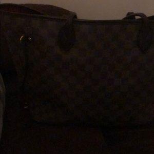 Louis Vuitton Damier tote bag good condition
